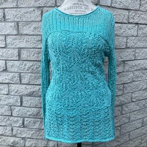 Turquoise Top size Large   BBB3